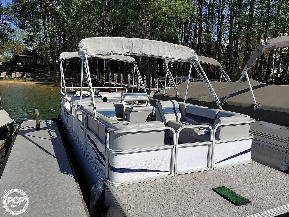 1995 Crest boat for sale, model of the boat is 25 Pontoon & Image # 3 of 40