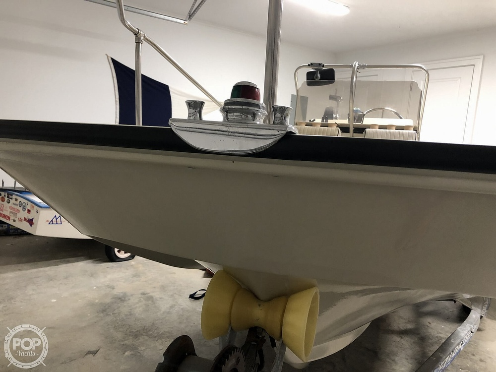 1985 Boston Whaler boat for sale, model of the boat is Montauk 17 & Image # 8 of 17