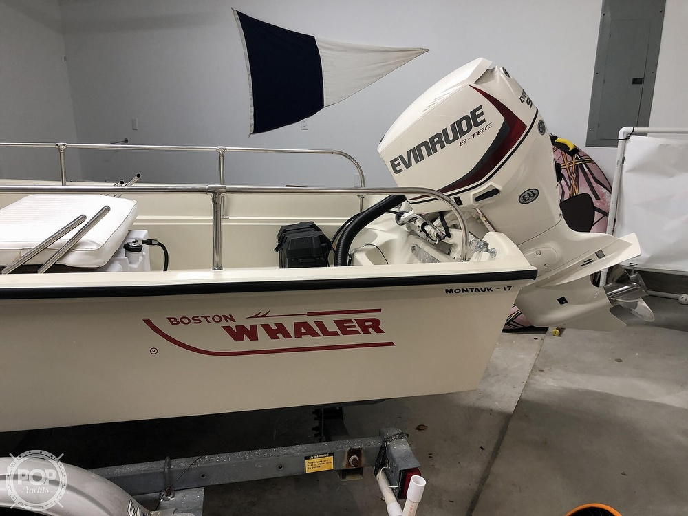 1985 Boston Whaler boat for sale, model of the boat is Montauk 17 & Image # 9 of 17