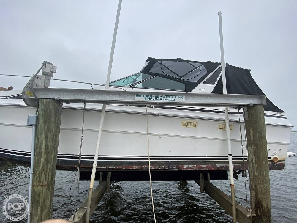 1988 Sea Ray boat for sale, model of the boat is 340 Express Cruiser & Image # 16 of 40