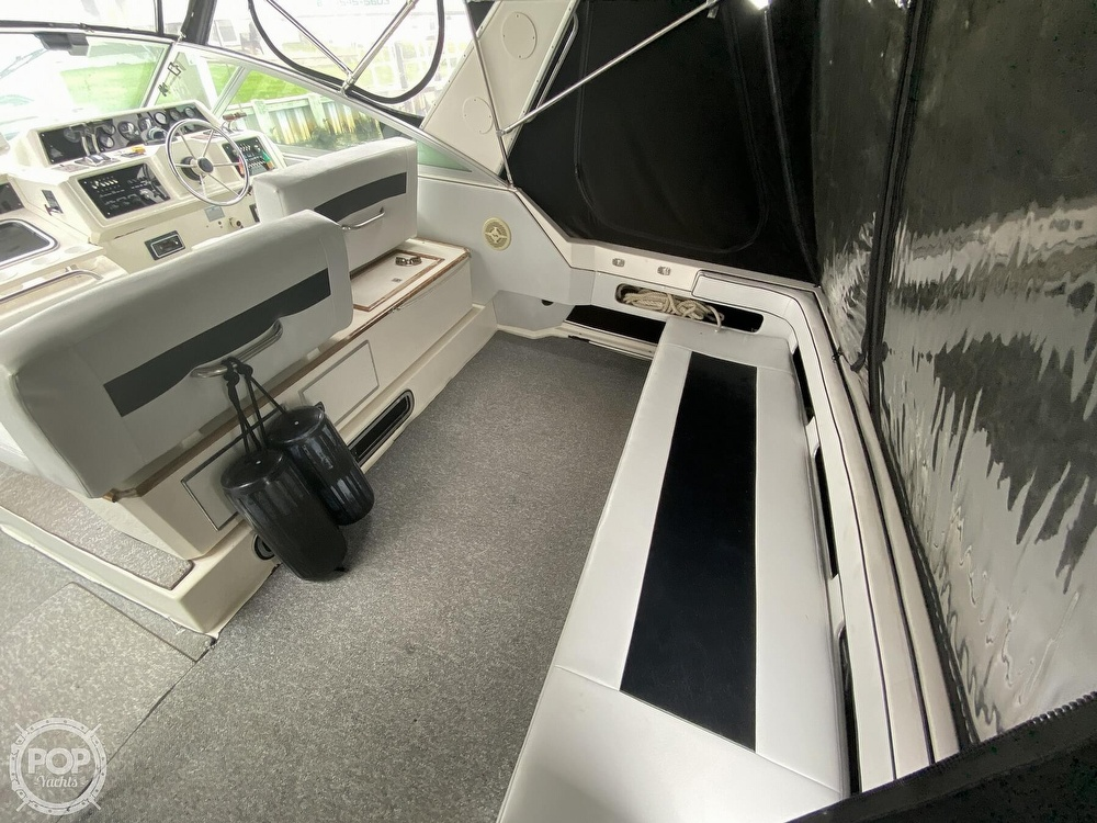 1988 Sea Ray boat for sale, model of the boat is 340 Express Cruiser & Image # 17 of 40