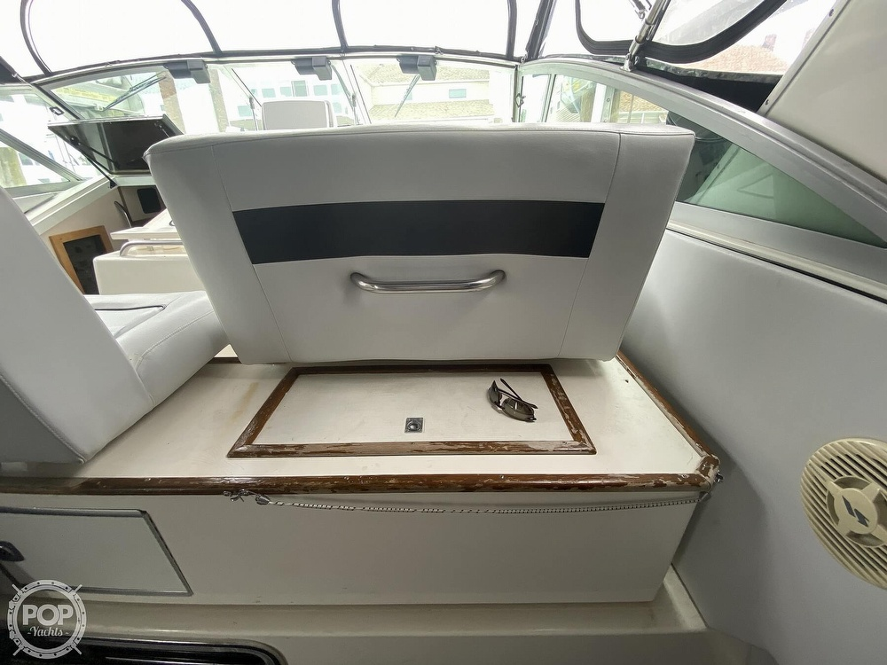 1988 Sea Ray boat for sale, model of the boat is 340 Express Cruiser & Image # 18 of 40