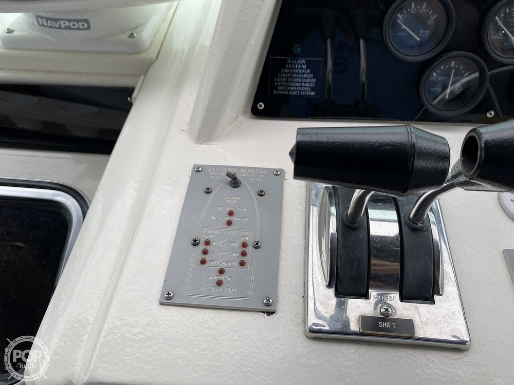 1988 Sea Ray boat for sale, model of the boat is 340 Express Cruiser & Image # 32 of 40