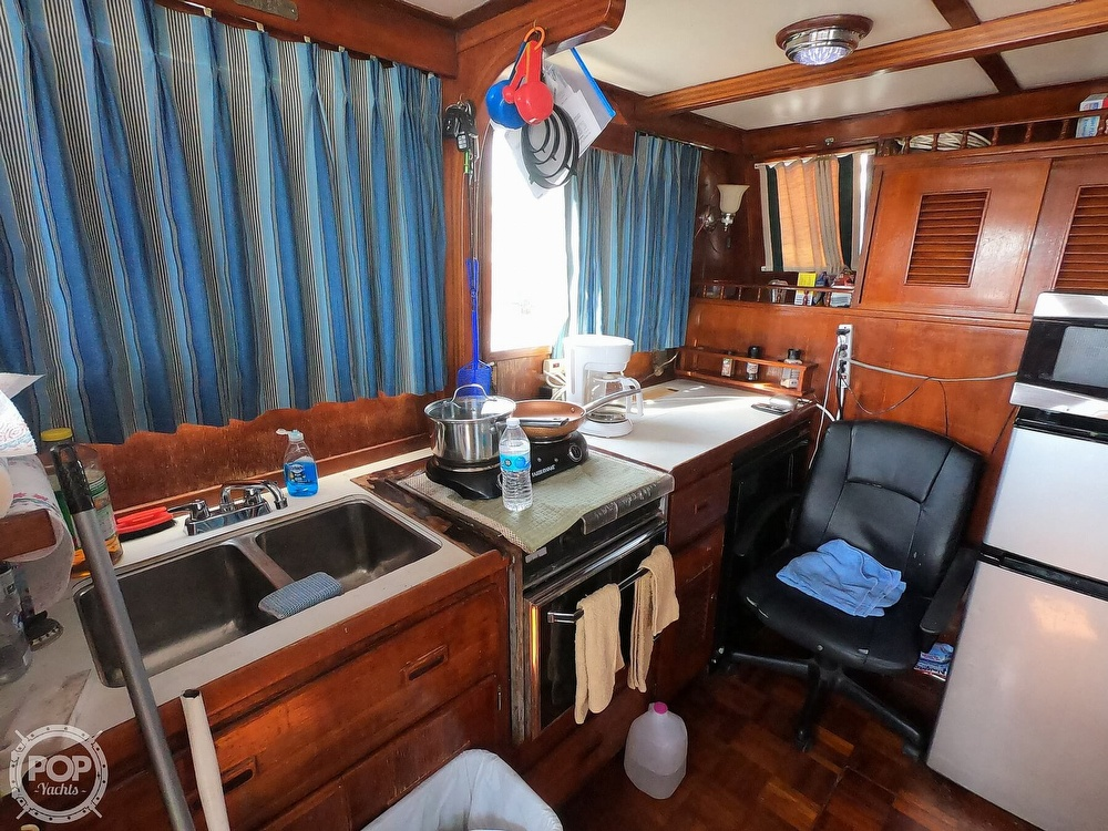 1979 Marine Trader boat for sale, model of the boat is 38 & Image # 33 of 40