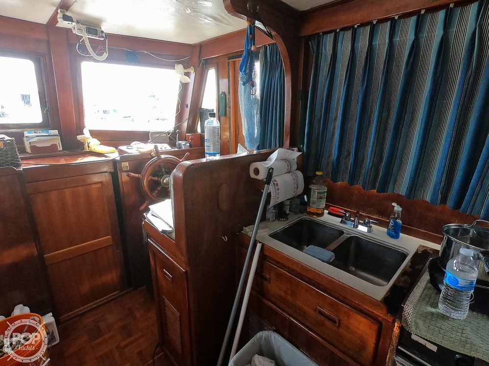 1979 Marine Trader boat for sale, model of the boat is 38 & Image # 36 of 40