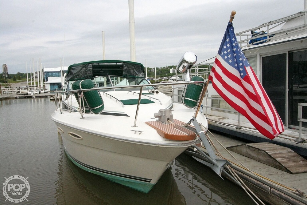 1989 Sea Ray boat for sale, model of the boat is 300 Sundancer & Image # 4 of 40