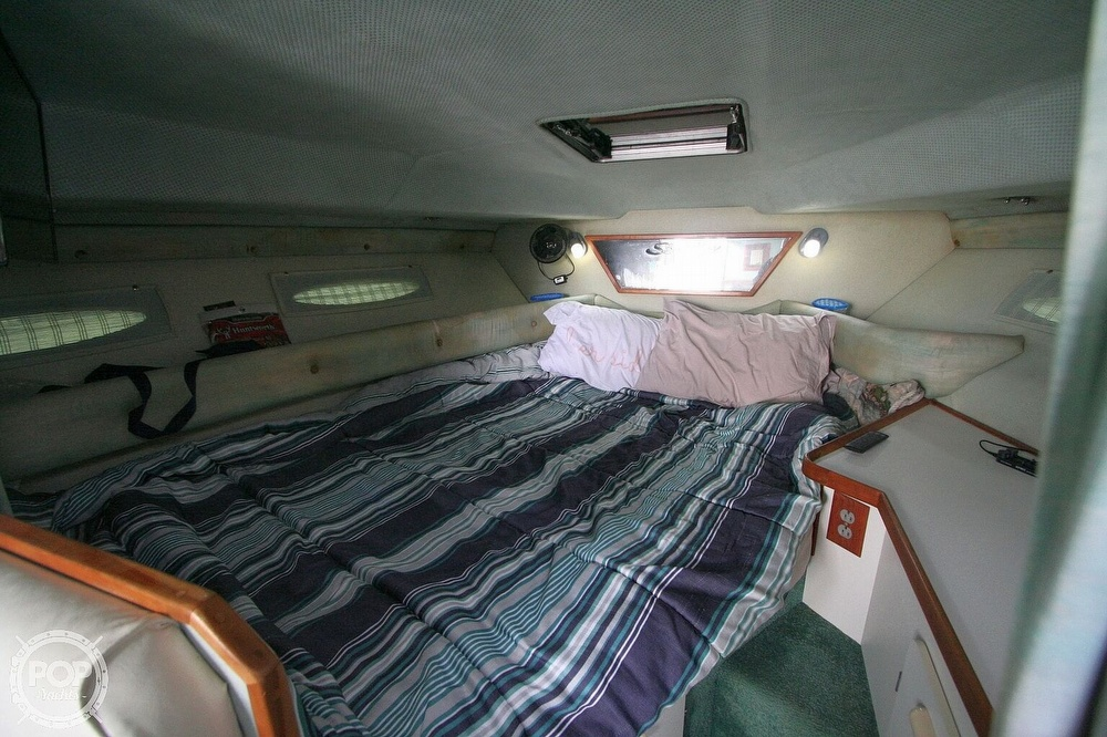 1989 Sea Ray boat for sale, model of the boat is 300 Sundancer & Image # 8 of 40