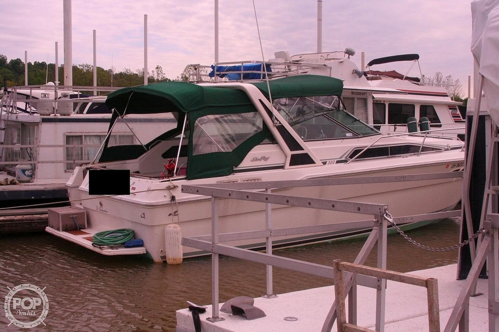 1989 Sea Ray boat for sale, model of the boat is 300 Sundancer & Image # 14 of 40