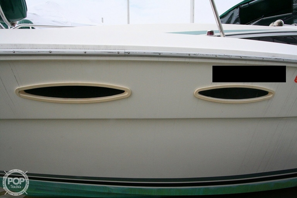 1989 Sea Ray boat for sale, model of the boat is 300 Sundancer & Image # 18 of 40