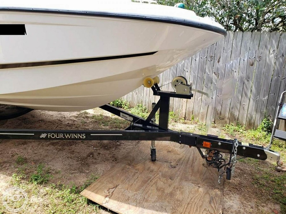 2018 Four Winns boat for sale, model of the boat is HD 200 Freedom & Image # 24 of 40