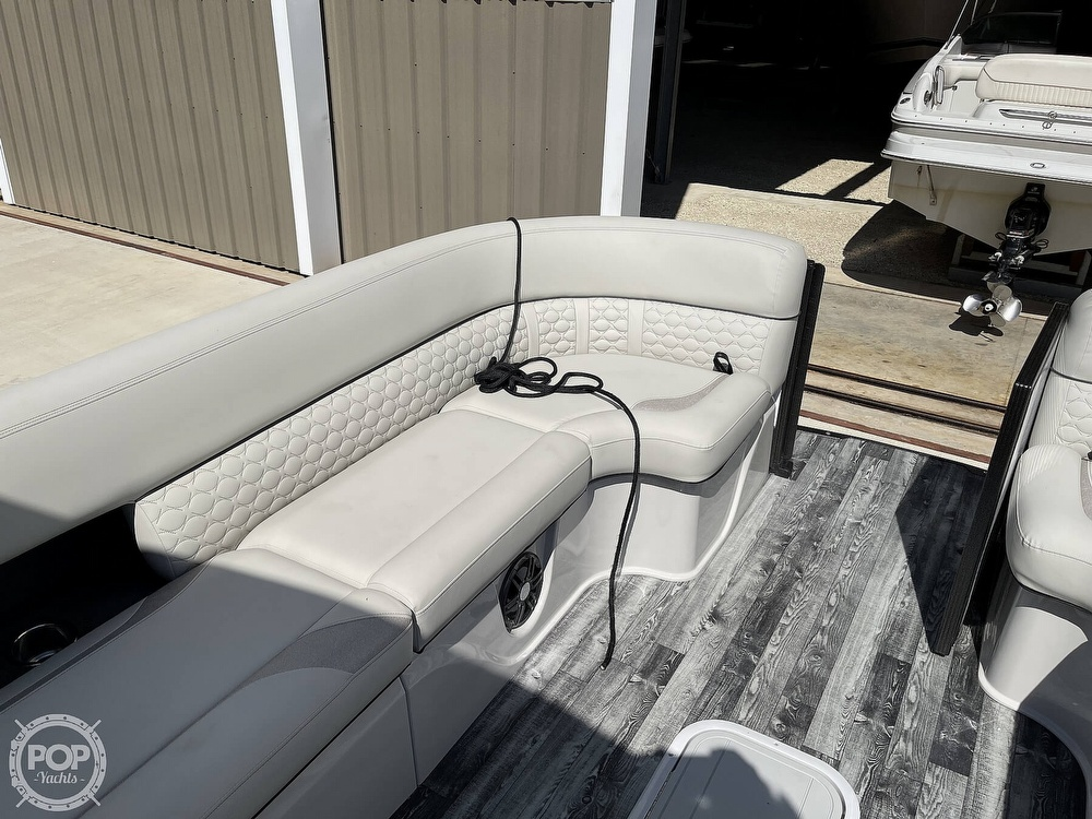 2021 Crest boat for sale, model of the boat is 250SLS LX & Image # 21 of 40