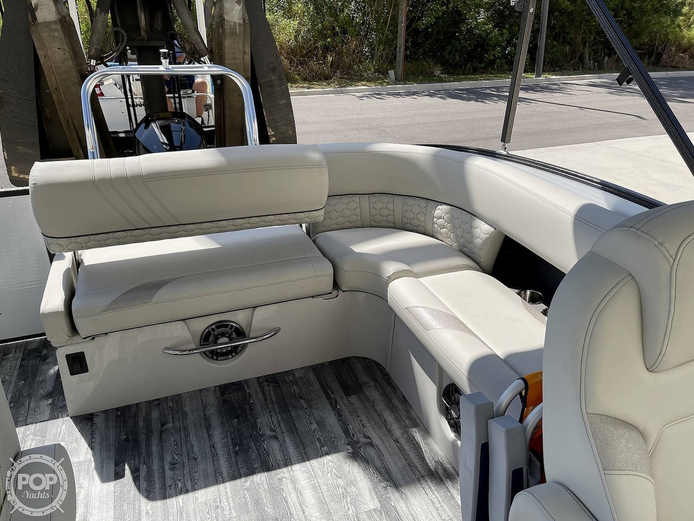 2021 Crest boat for sale, model of the boat is 250SLS LX & Image # 8 of 40