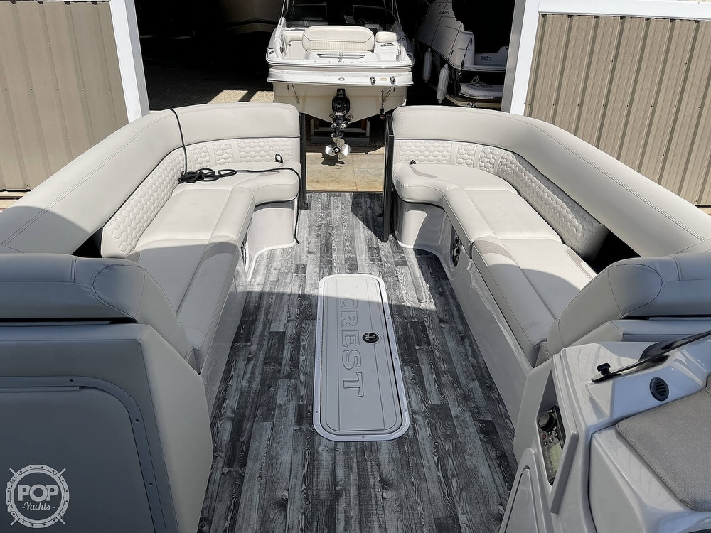 2021 Crest boat for sale, model of the boat is 250SLS LX & Image # 4 of 40
