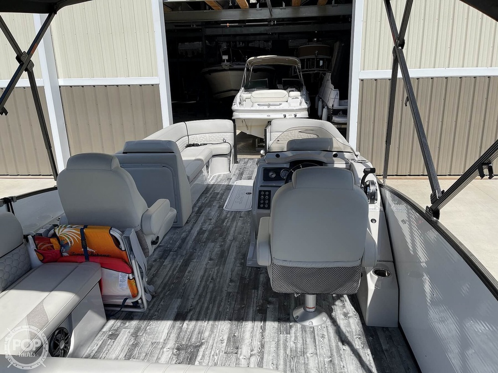 2021 Crest boat for sale, model of the boat is 250SLS LX & Image # 12 of 40