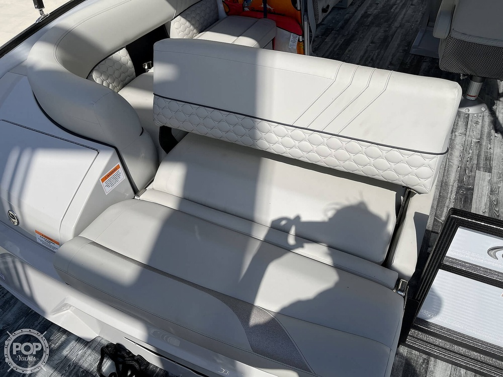 2021 Crest boat for sale, model of the boat is 250SLS LX & Image # 5 of 40