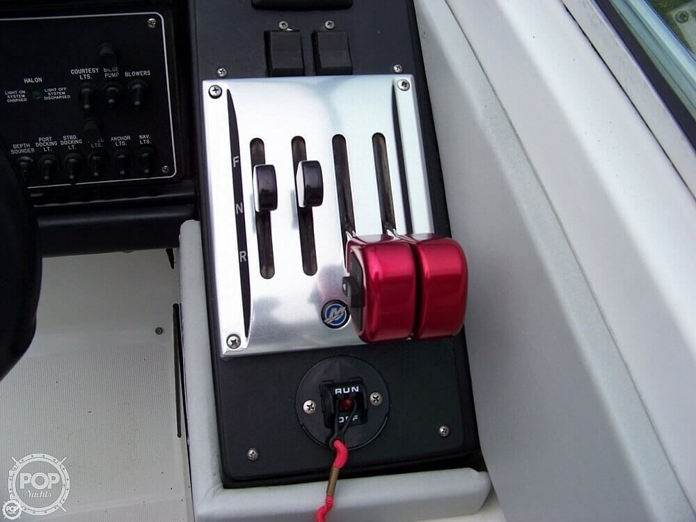 1989 Formula boat for sale, model of the boat is 272 SR1 & Image # 20 of 40