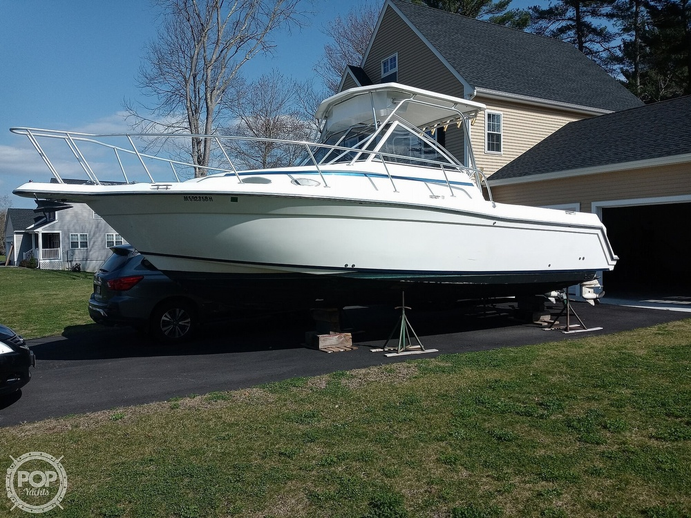 1994 Hydra-Sports boat for sale, model of the boat is 2800 Walkaround & Image # 18 of 40