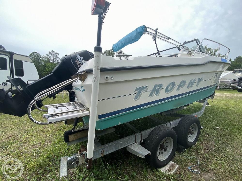 1997 Bayliner boat for sale, model of the boat is Trophy 20 & Image # 12 of 40