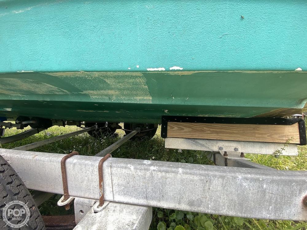 1997 Bayliner boat for sale, model of the boat is Trophy 20 & Image # 19 of 40