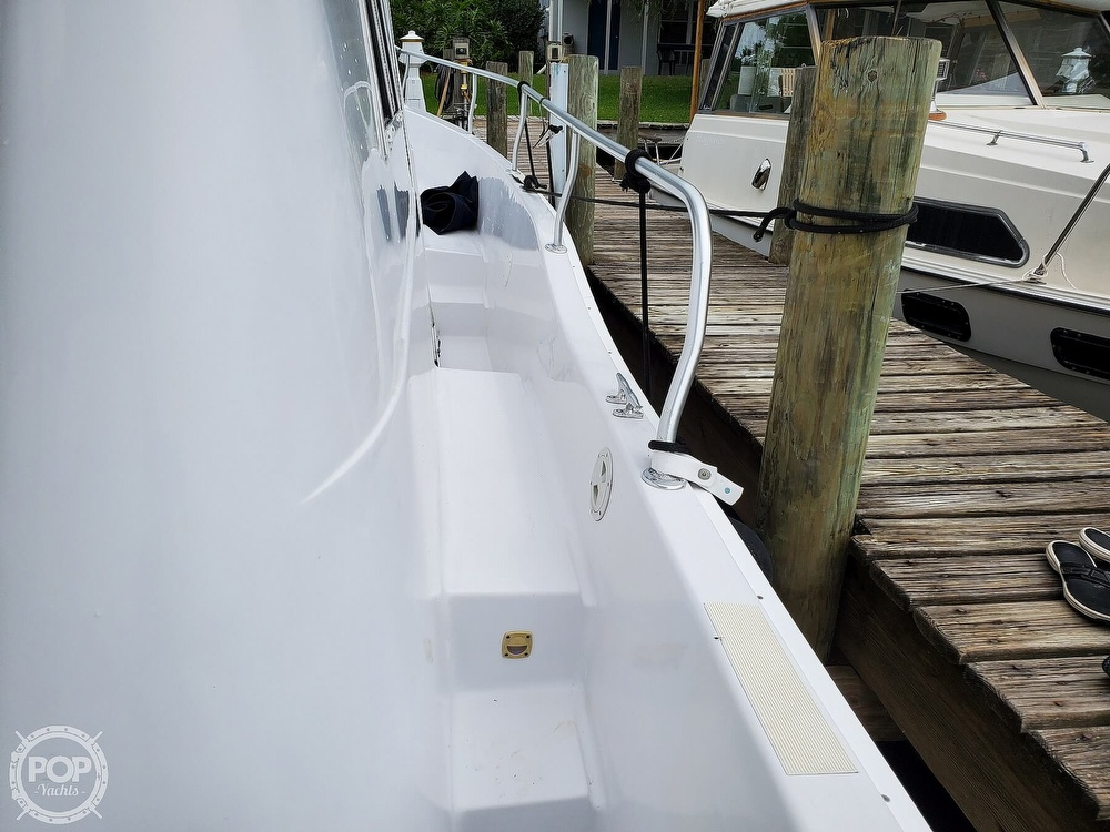 1999 Mainship boat for sale, model of the boat is 350/390 & Image # 17 of 40