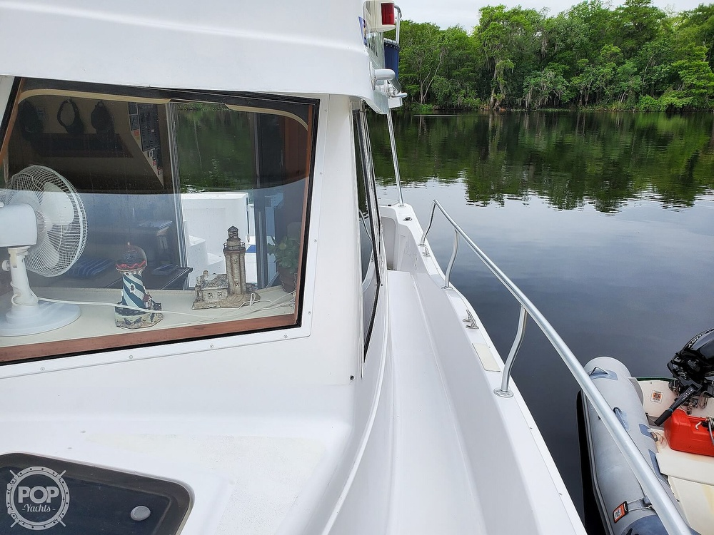 1999 Mainship boat for sale, model of the boat is 350/390 & Image # 34 of 40