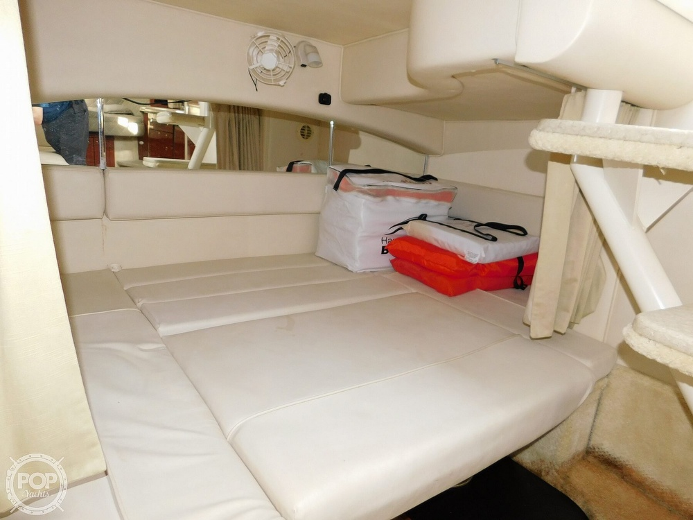 2001 Sea Ray boat for sale, model of the boat is 300 Sundancer & Image # 27 of 40