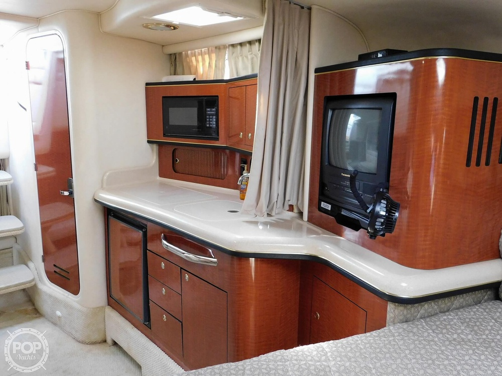 2001 Sea Ray boat for sale, model of the boat is 300 Sundancer & Image # 36 of 40