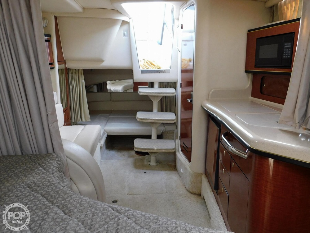 2001 Sea Ray boat for sale, model of the boat is 300 Sundancer & Image # 4 of 40