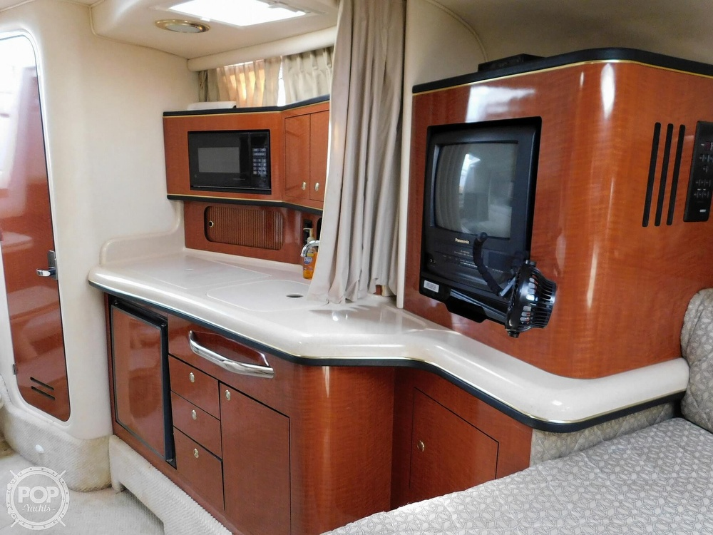 2001 Sea Ray boat for sale, model of the boat is 300 Sundancer & Image # 37 of 40