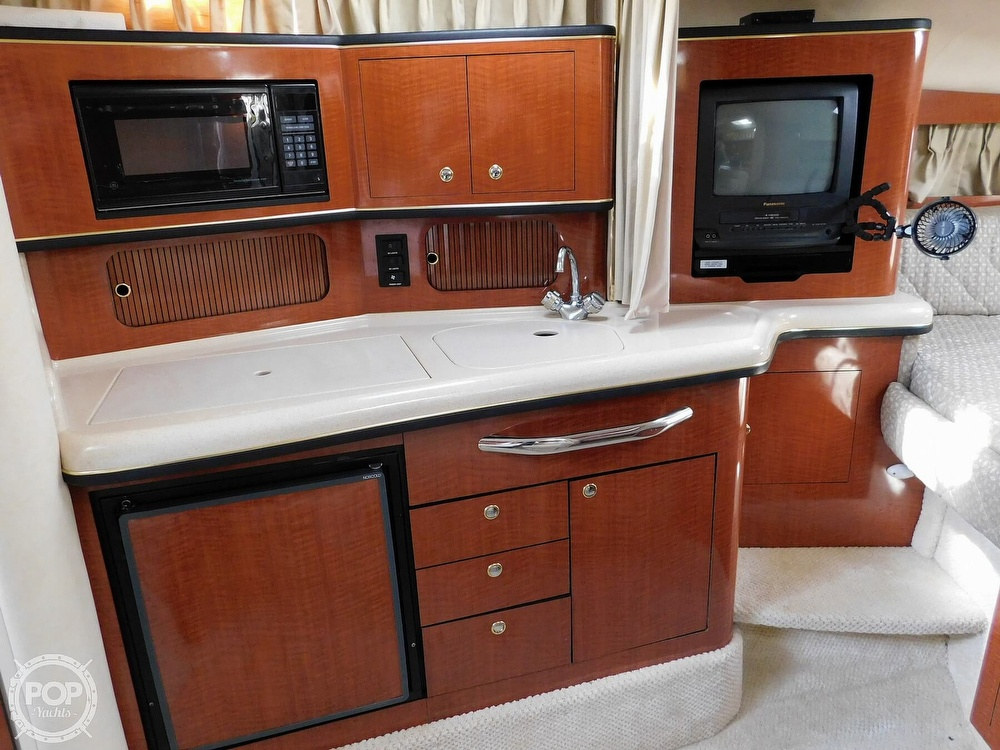 2001 Sea Ray boat for sale, model of the boat is 300 Sundancer & Image # 38 of 40