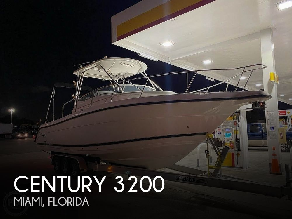 Used Century Boats For Sale by owner | 2002 Century 3200 Walkaround