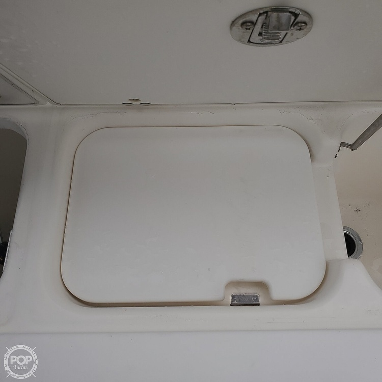 2002 Century boat for sale, model of the boat is 3200 Walkaround & Image # 26 of 40