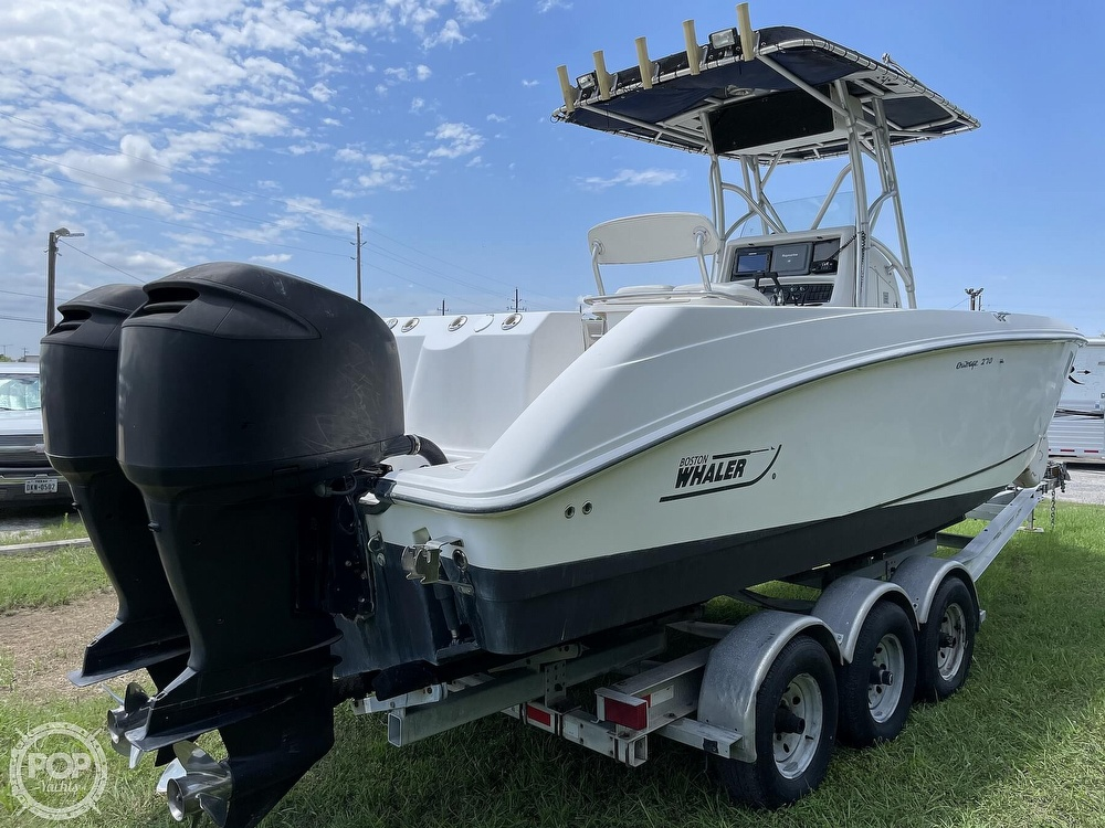 2003 Boston Whaler boat for sale, model of the boat is 270 Outrage & Image # 2 of 40