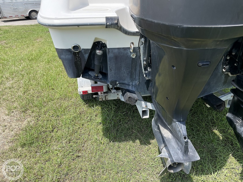 2003 Boston Whaler boat for sale, model of the boat is 270 Outrage & Image # 21 of 40