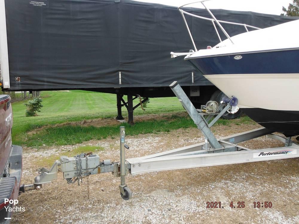 2004 Bayliner boat for sale, model of the boat is 245 SB & Image # 14 of 40