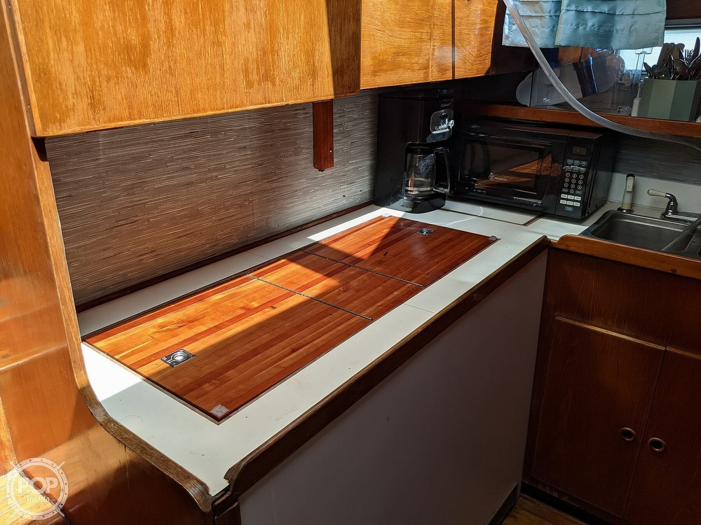 1984 President boat for sale, model of the boat is 41 DC & Image # 27 of 40