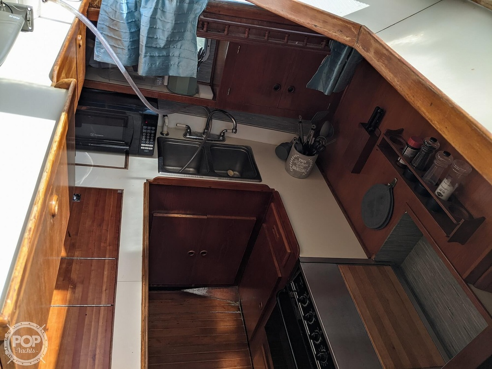 1984 President boat for sale, model of the boat is 41 DC & Image # 20 of 40