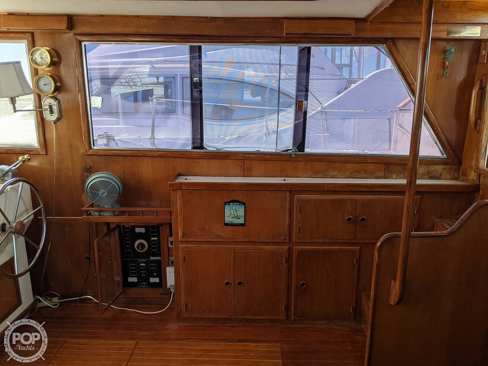 1984 President boat for sale, model of the boat is 41 DC & Image # 10 of 40