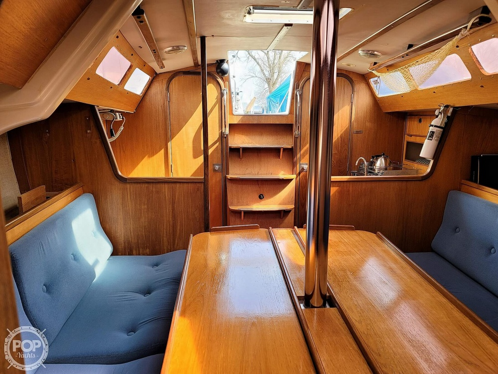 1984 Jeanneau boat for sale, model of the boat is Attalia 32 & Image # 13 of 40