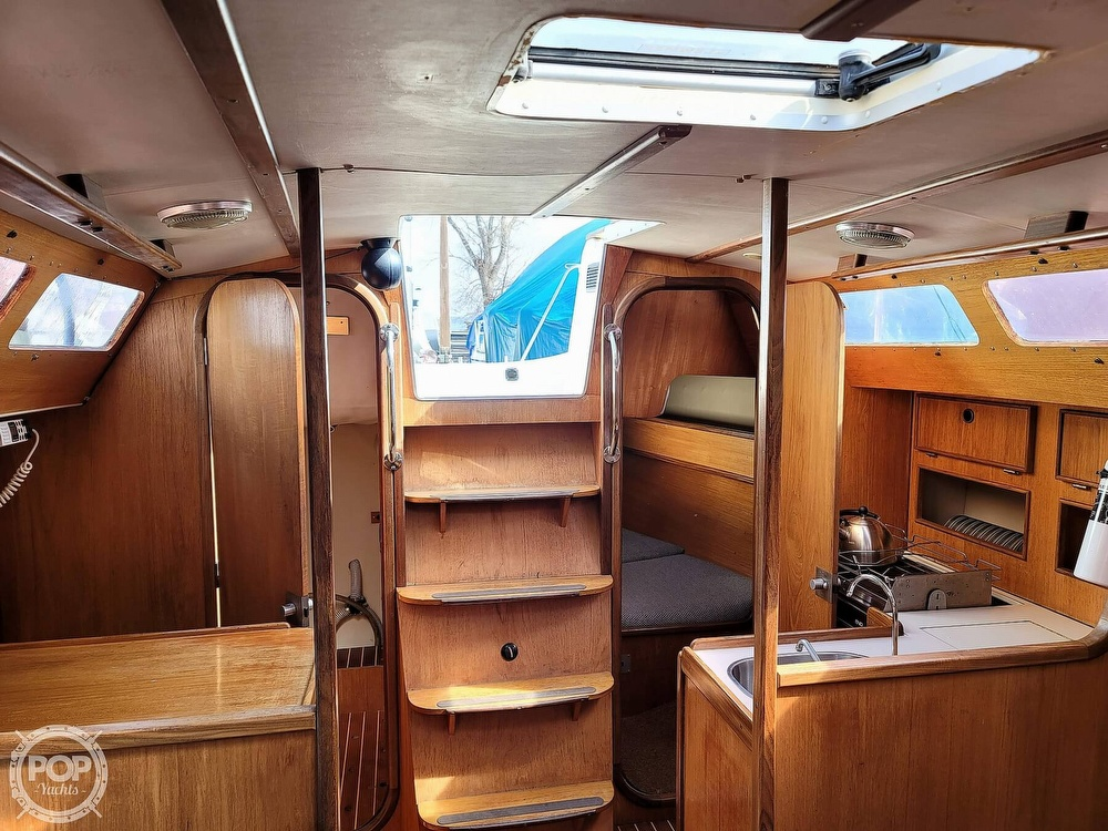1984 Jeanneau boat for sale, model of the boat is Attalia 32 & Image # 32 of 40