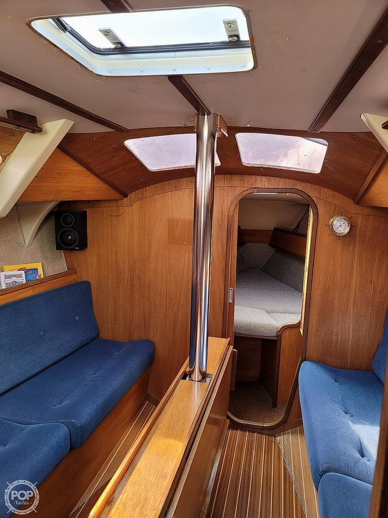 1984 Jeanneau boat for sale, model of the boat is Attalia 32 & Image # 34 of 40