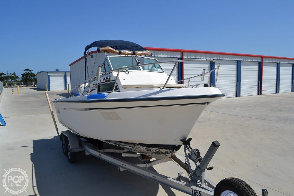 1984 Grady-White boat for sale, model of the boat is Overnighter 204-C & Image # 17 of 40