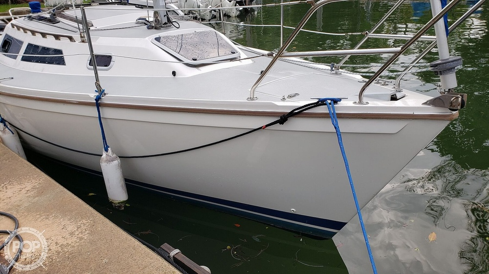 1990 Catalina Yachts boat for sale, model of the boat is Capri 26 & Image # 13 of 40