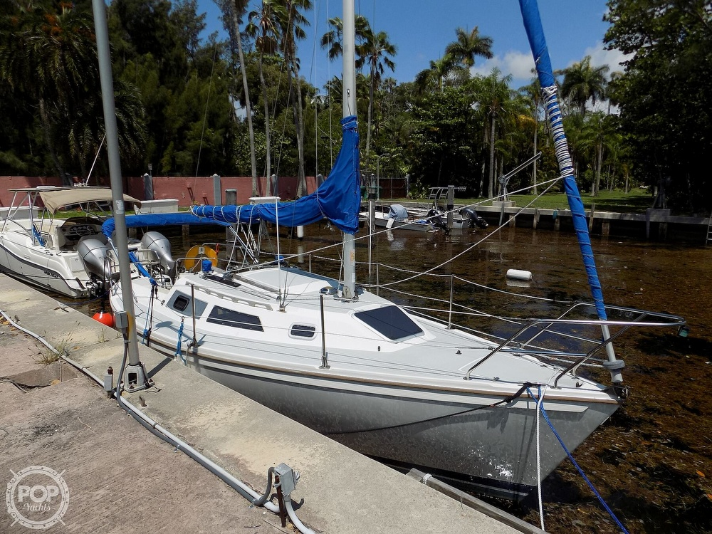 1990 Catalina Yachts boat for sale, model of the boat is Capri 26 & Image # 9 of 40
