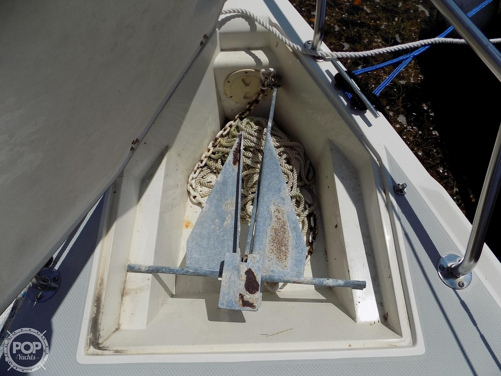 1990 Catalina Yachts boat for sale, model of the boat is Capri 26 & Image # 23 of 40