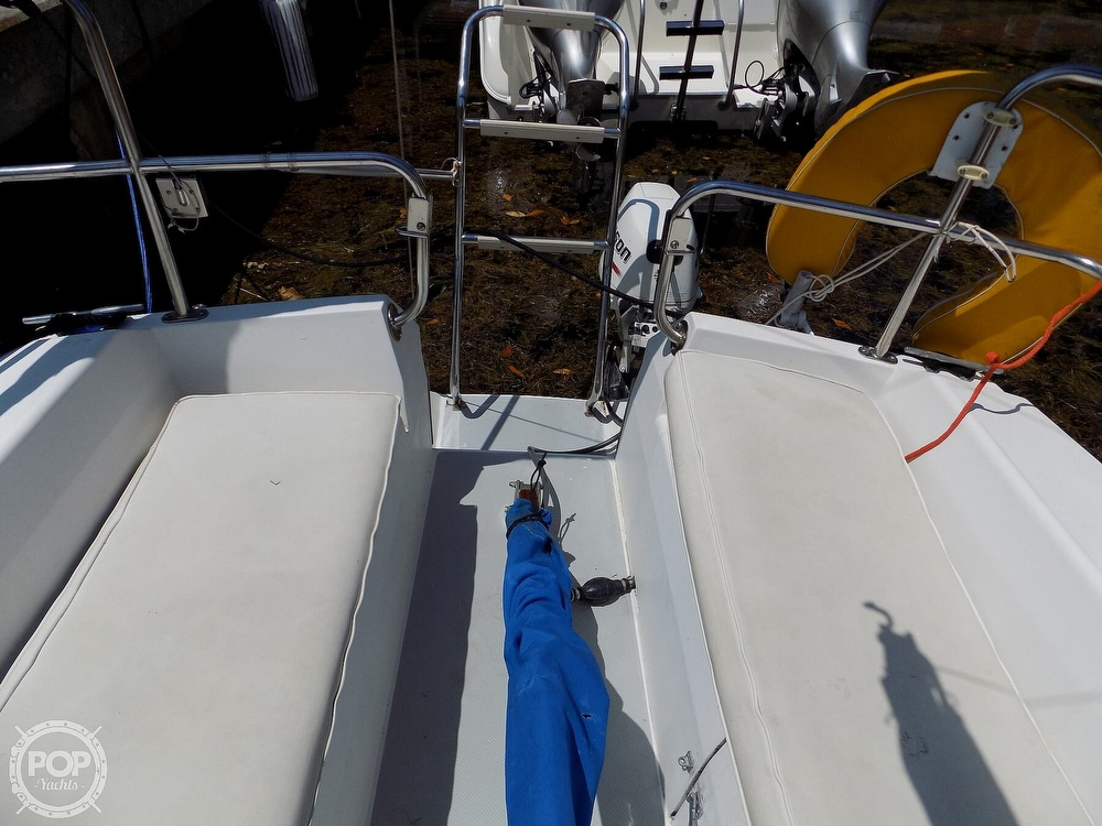 1990 Catalina Yachts boat for sale, model of the boat is Capri 26 & Image # 37 of 40