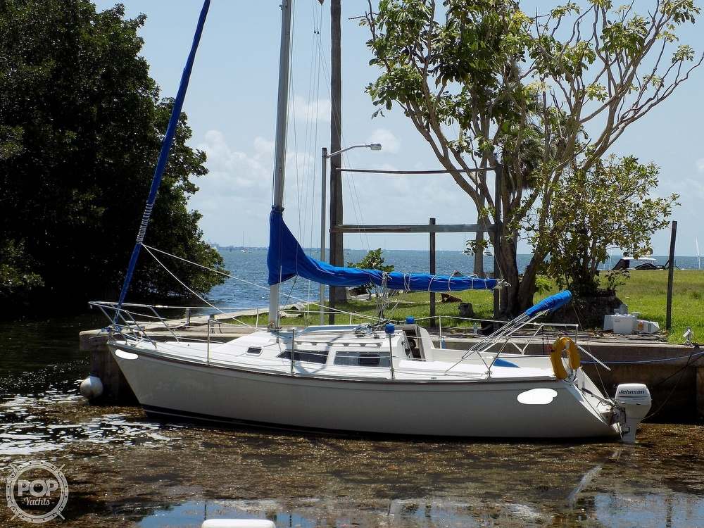 1990 Catalina Yachts boat for sale, model of the boat is Capri 26 & Image # 7 of 40