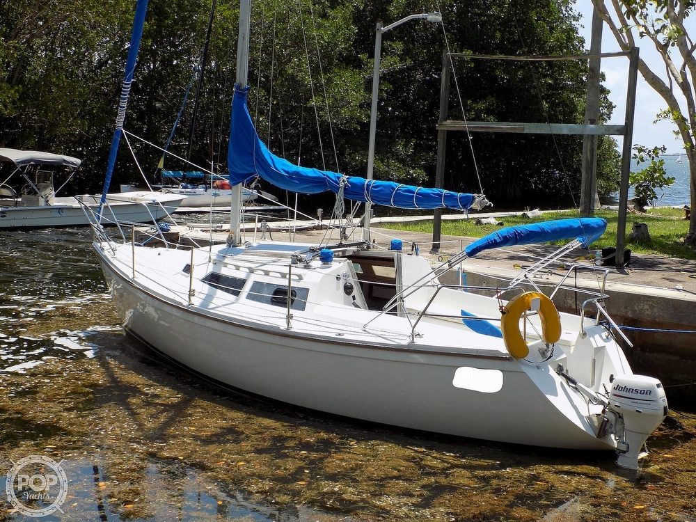 1990 Catalina Yachts boat for sale, model of the boat is Capri 26 & Image # 6 of 40
