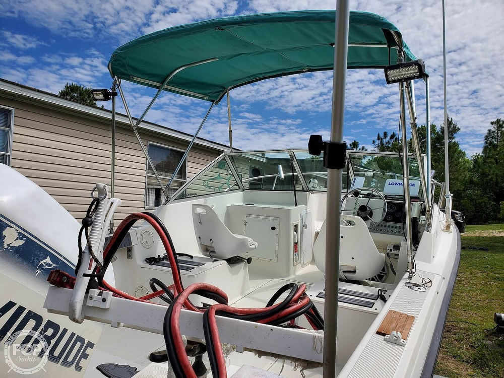 1994 Pursuit boat for sale, model of the boat is 1950DC & Image # 9 of 40