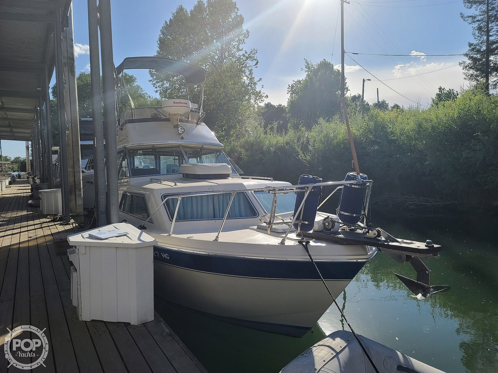 1986 Chris Craft boat for sale, model of the boat is Catalina 291 & Image # 6 of 40